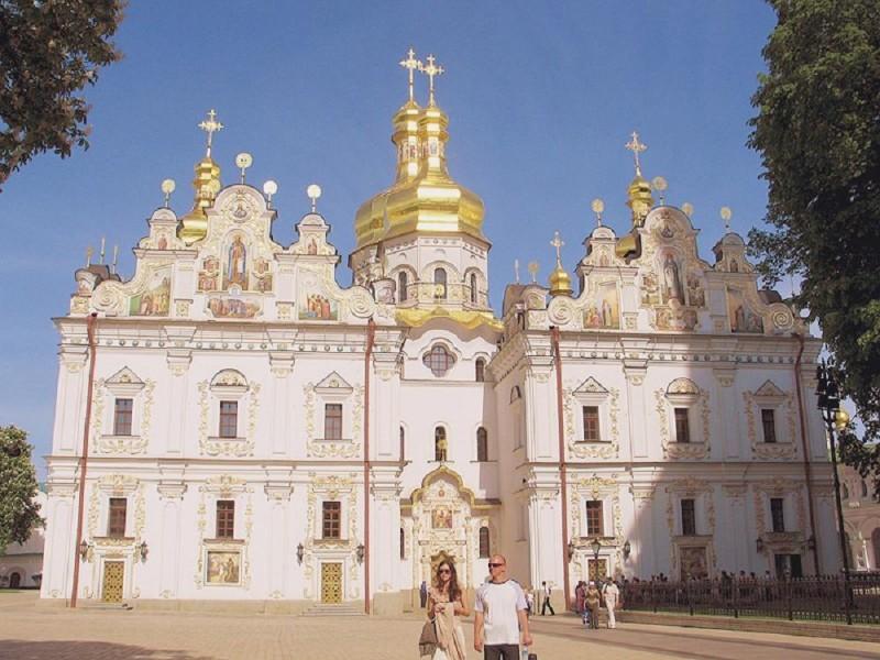cathedral-of-the-assumption-kievo-pecherskogo-lavra