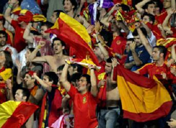 spain-euro-2008-fans.jpg