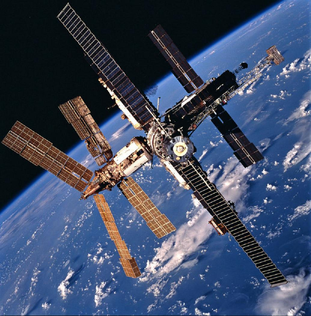 ISS Orbit Adjusted To Dodge Space Junk According to ...