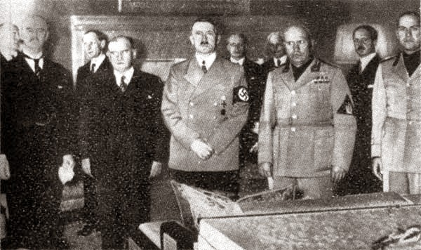 "munich conference essay Free essay: historian richard evans points out that 'from stalin's perspective (the pact) provided a respite"" stalin also hoped that once germany had dealt."