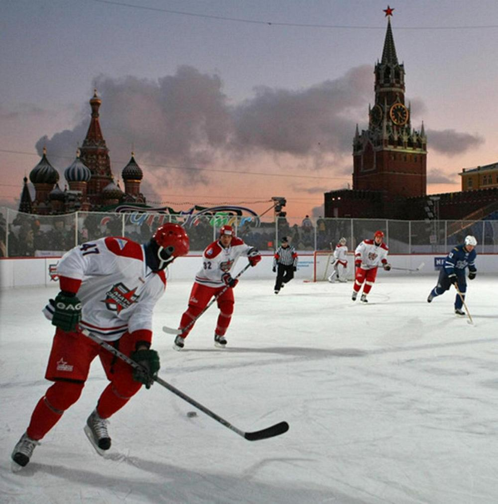hockey-on-red-square-in-moscow