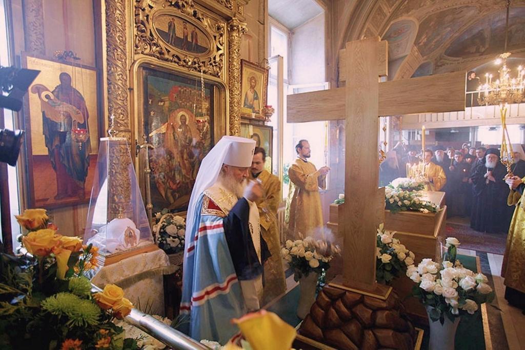 patriarch-kirill-at-the-epiphany-cathedral-21
