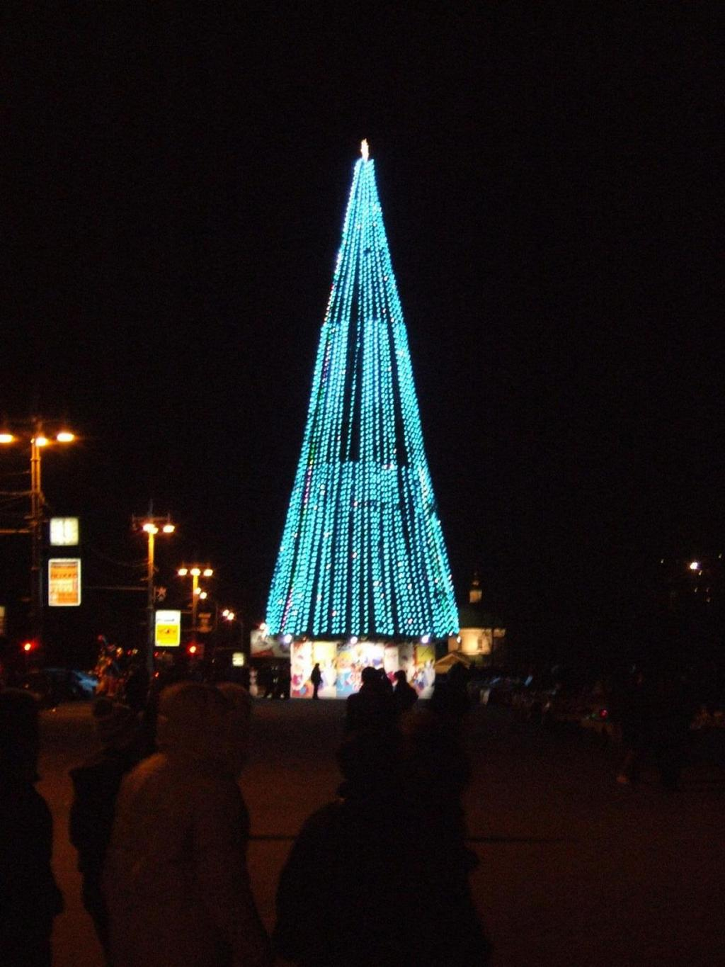 russian-christmas-tree-in-vorobiyevy-gory