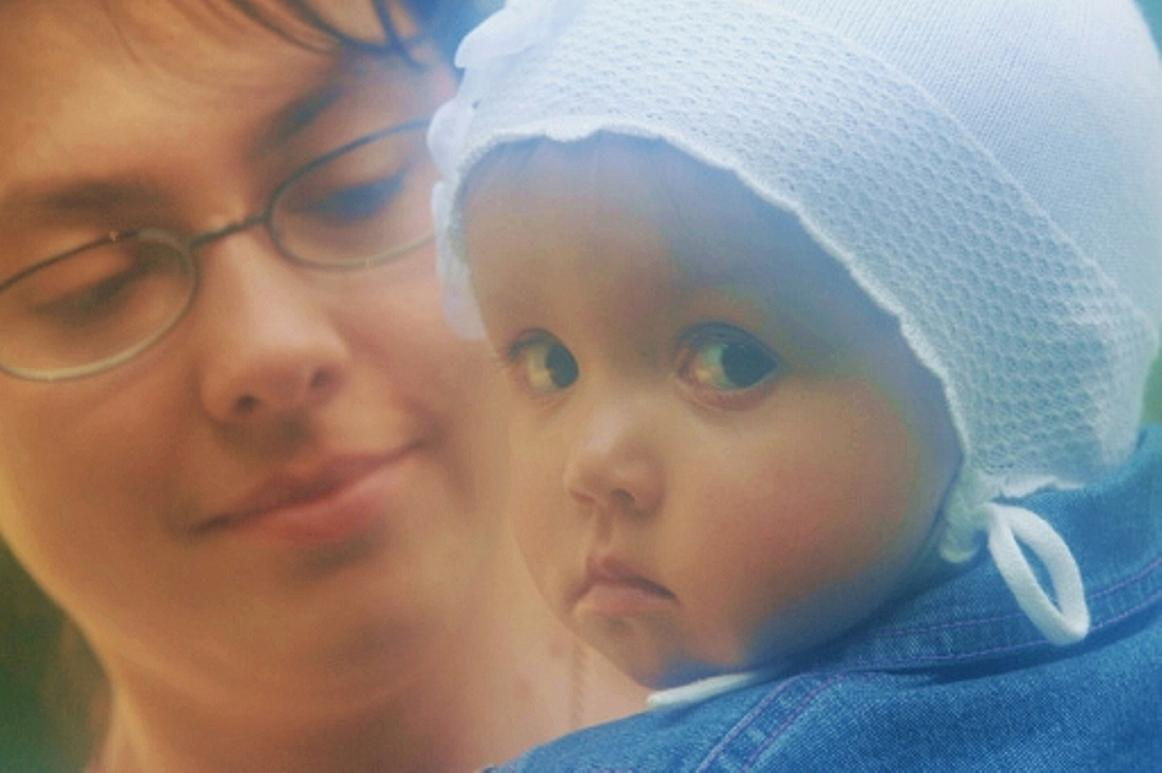 Russian mothers with many children: status and benefits