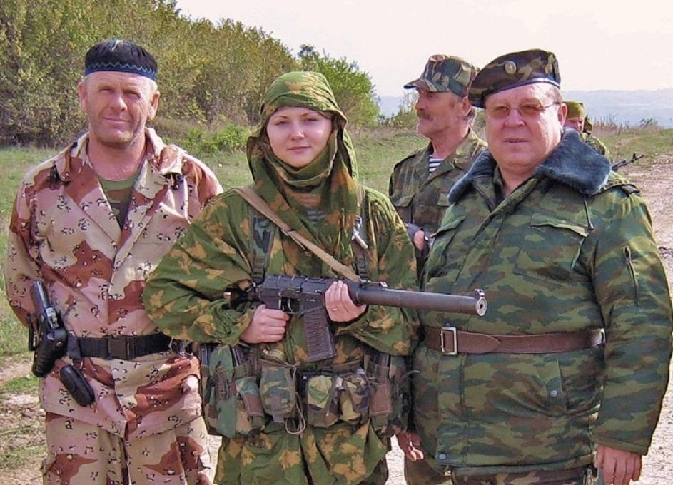 russian army female paratrooper 2