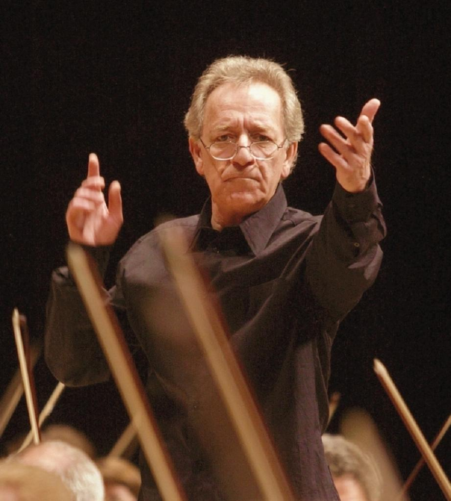 http://02varvara.files.wordpress.com/2009/12/yuri-temirkanov.jpg