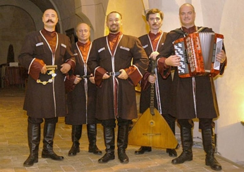 17 April 2012  Video  A Little Cossack Music… | Voices from Russia