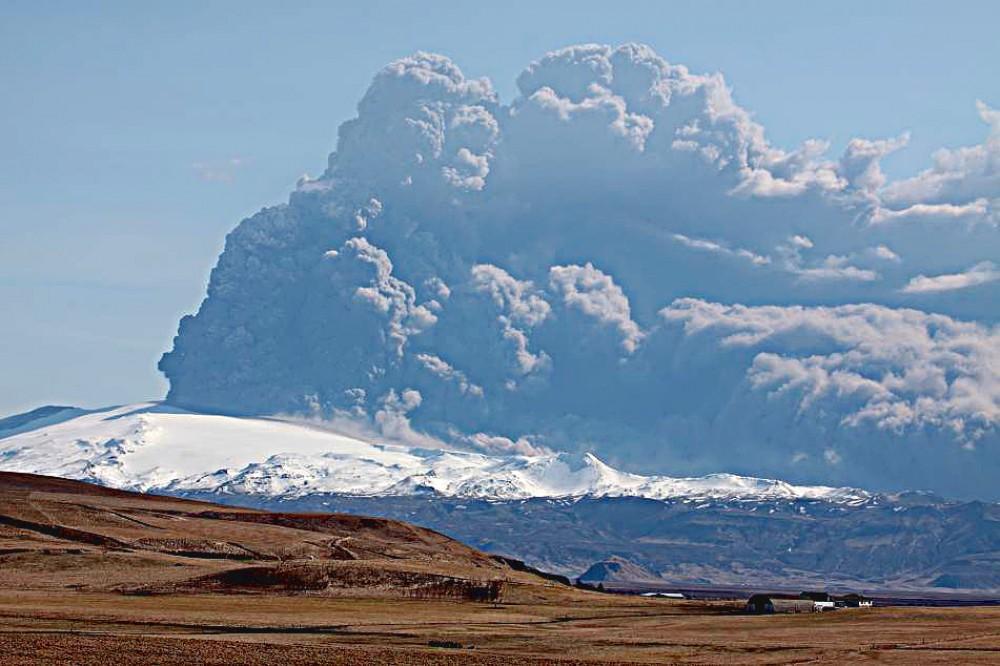 iceland volcano eyjafjallajokull eruption. iceland volcano