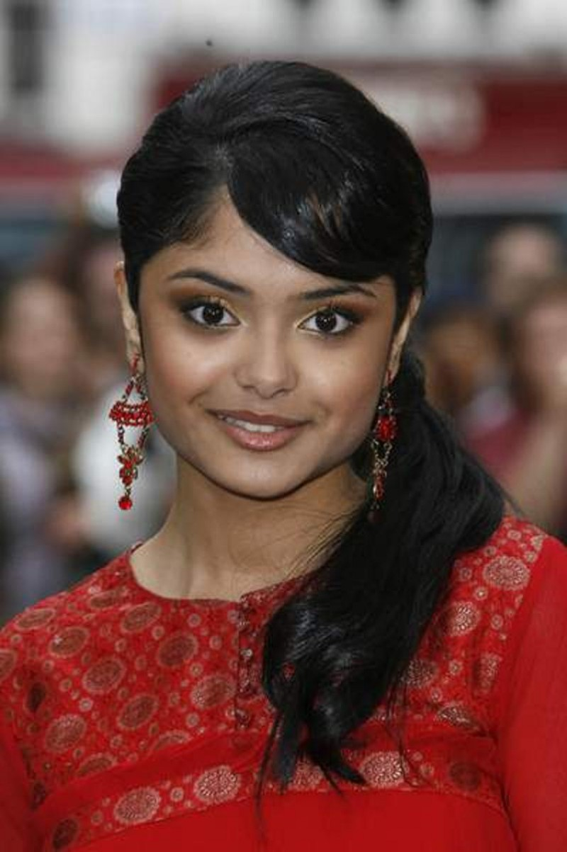 Afshan azad voices from russia father of muslim actress in harry potter series arrested again for threatening to kill his daughter afshan azad altavistaventures Images