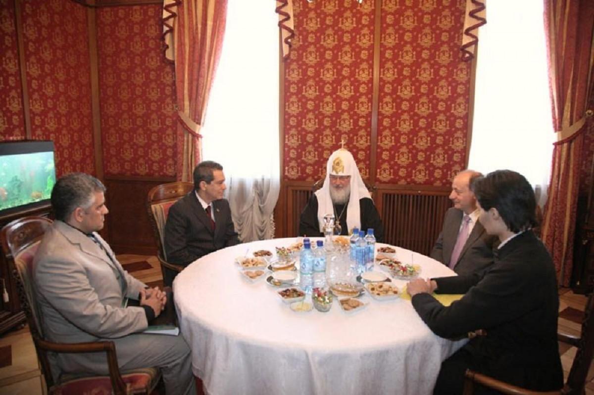 01 His Holiness Patriarch Kirill with Cuban Ambassador and Cuban MDs