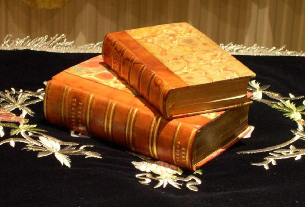 01 Two Jewish Books
