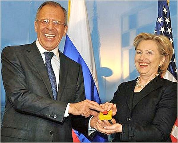 http://02varvara.files.wordpress.com/2010/09/01-lavrov-clinton-reset-button.jpg