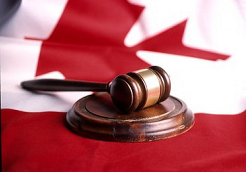 01 Canadian gavel