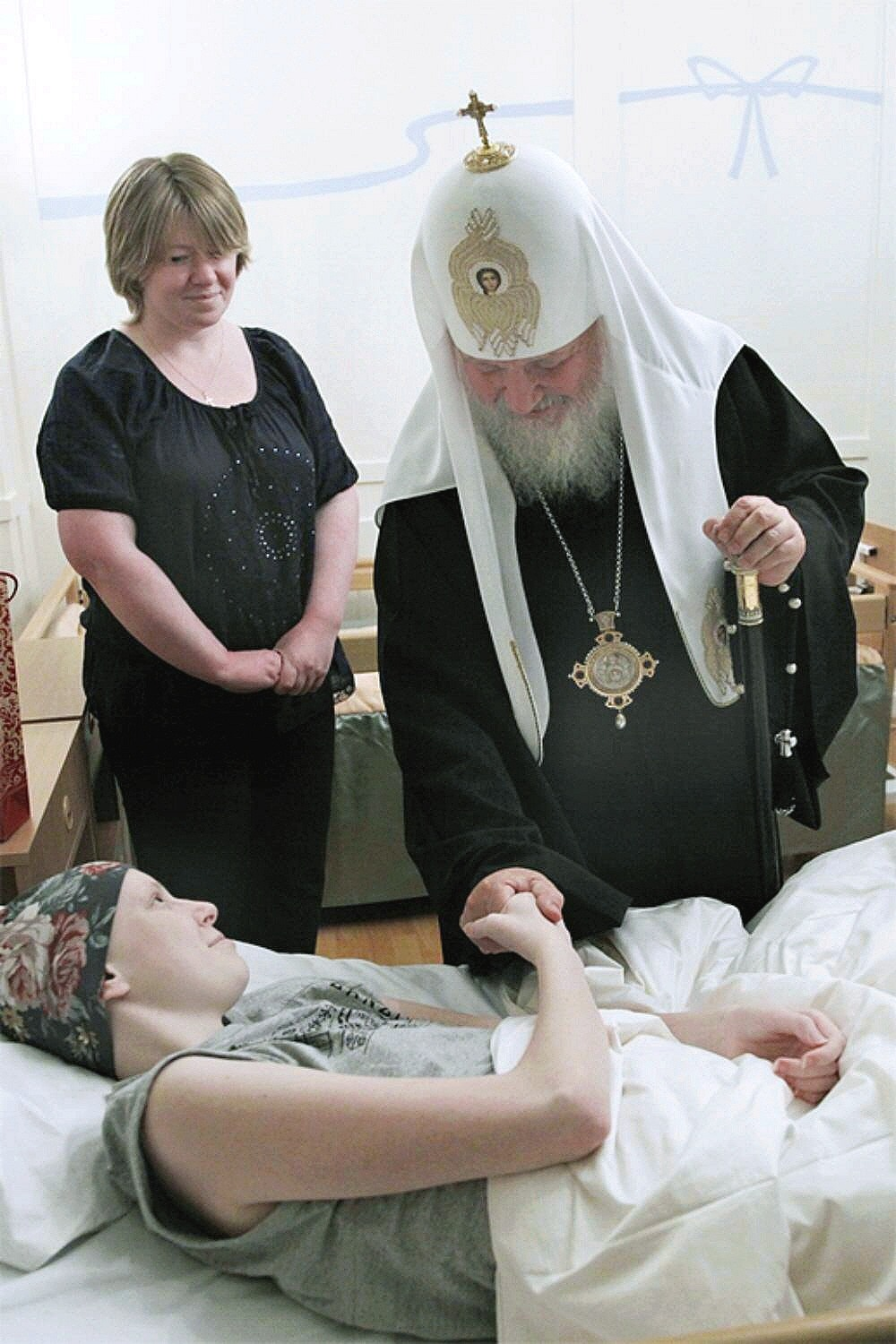 01j Patriarch Kirill at SPB Orphanage 11.10