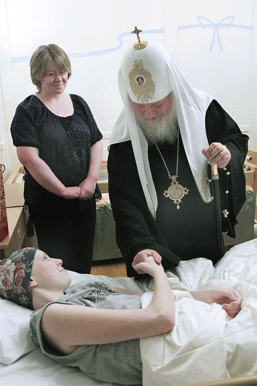 01j Patriarch Kirill at SPB Orphanage 11.10