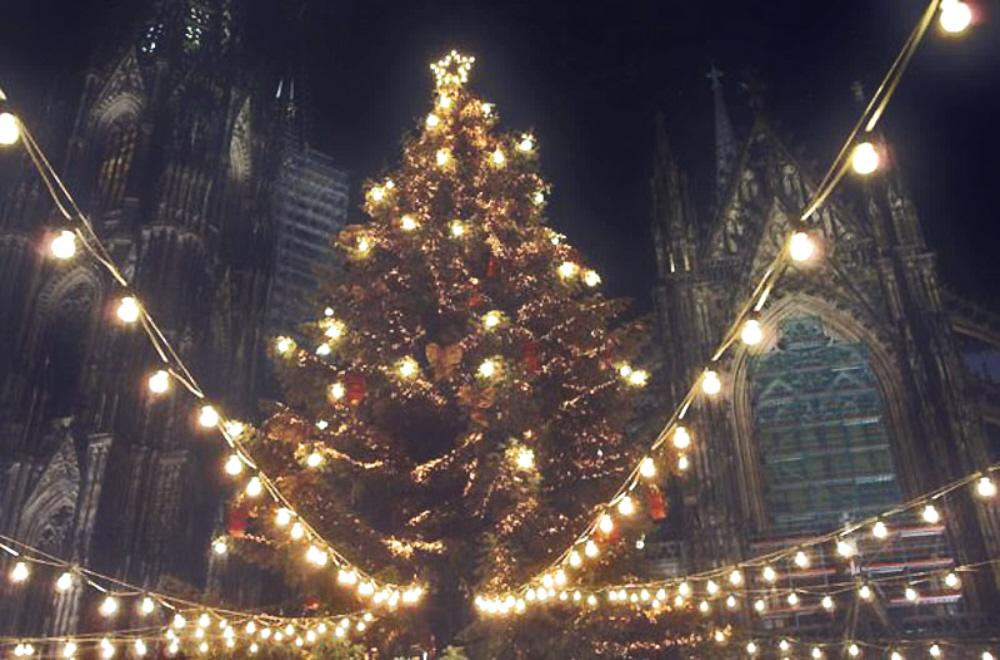 01d Christmas 2010. Koln Cathedral