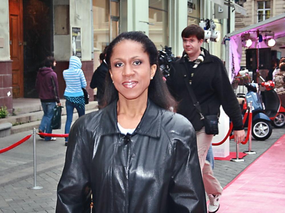 01b Black Russians Yelena Khanga