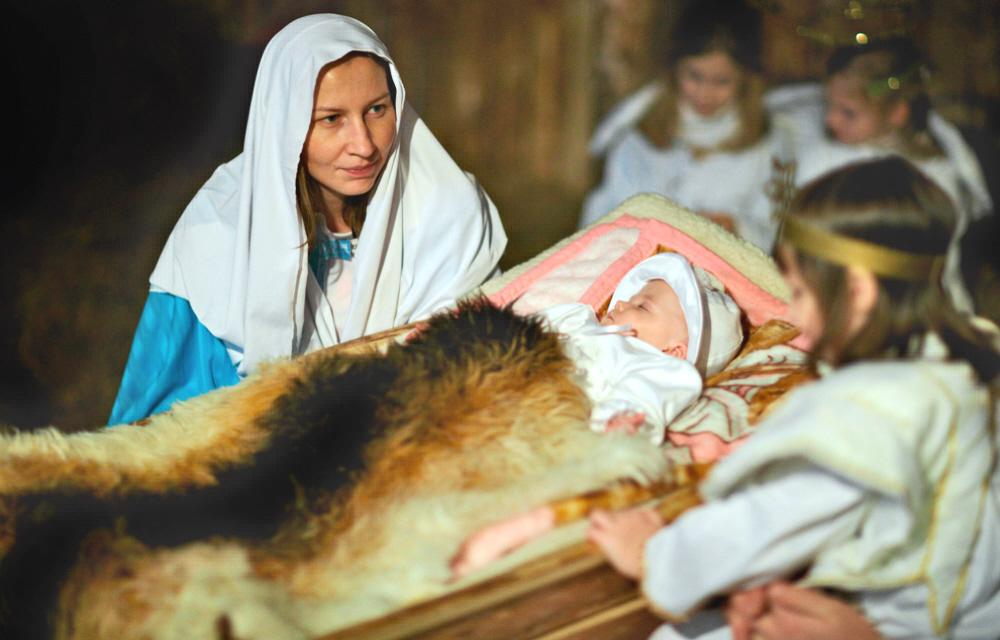virgin mary essay (published in: mary, the church at the source, j ratzinger and hu von  balthasar,  and the glorification of their oppression: the veneration of the virgin  and.