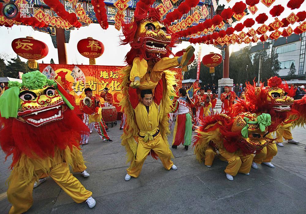Отметить китайский новый год