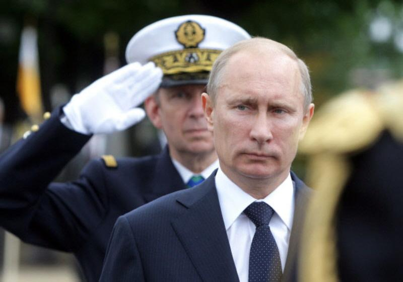 vladimir putin photo essay Photo essays azerbaijan videos georgia russian president vladimir putin ended a mysterious 11-day disappearance by materializing for a.