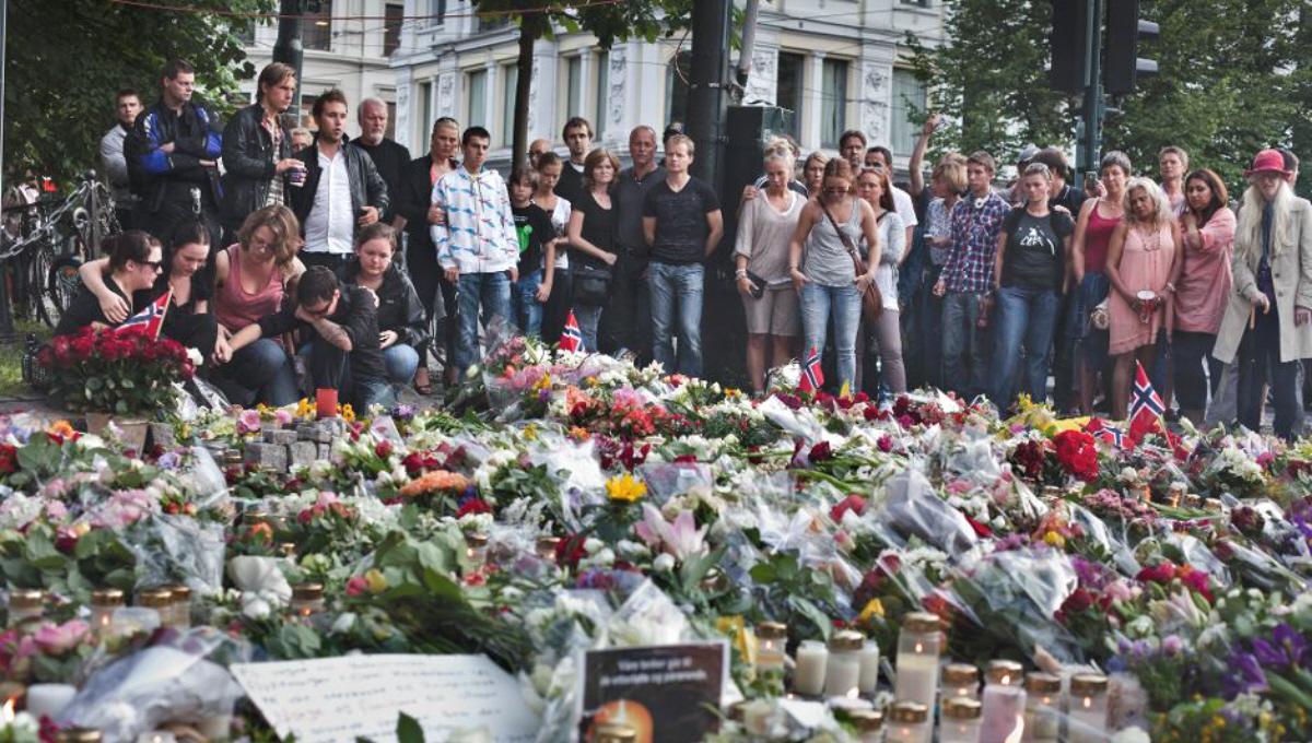 01l Norway Oslo Bombing Memorial 07.11