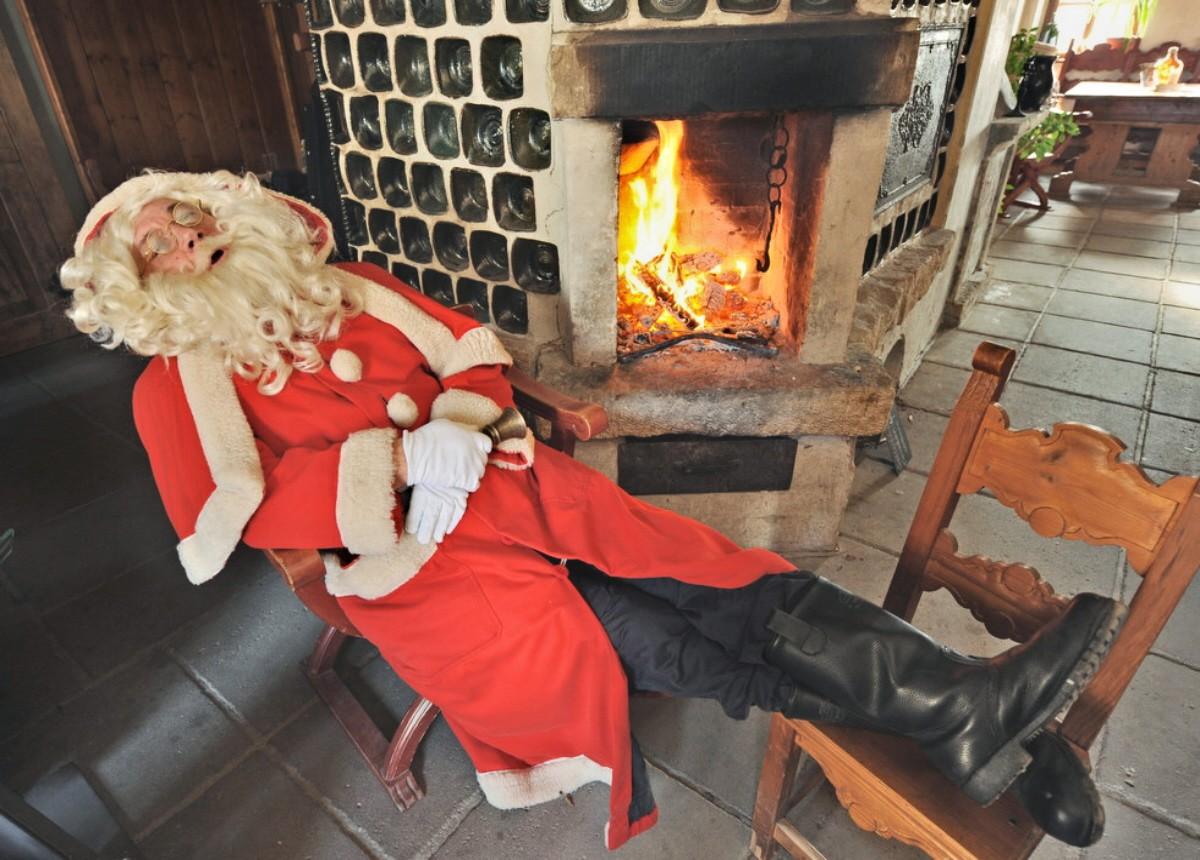 Even Santas Knackered Take A Look 0001 Santa Claus At Christmas Market In Konigstein GERMANY