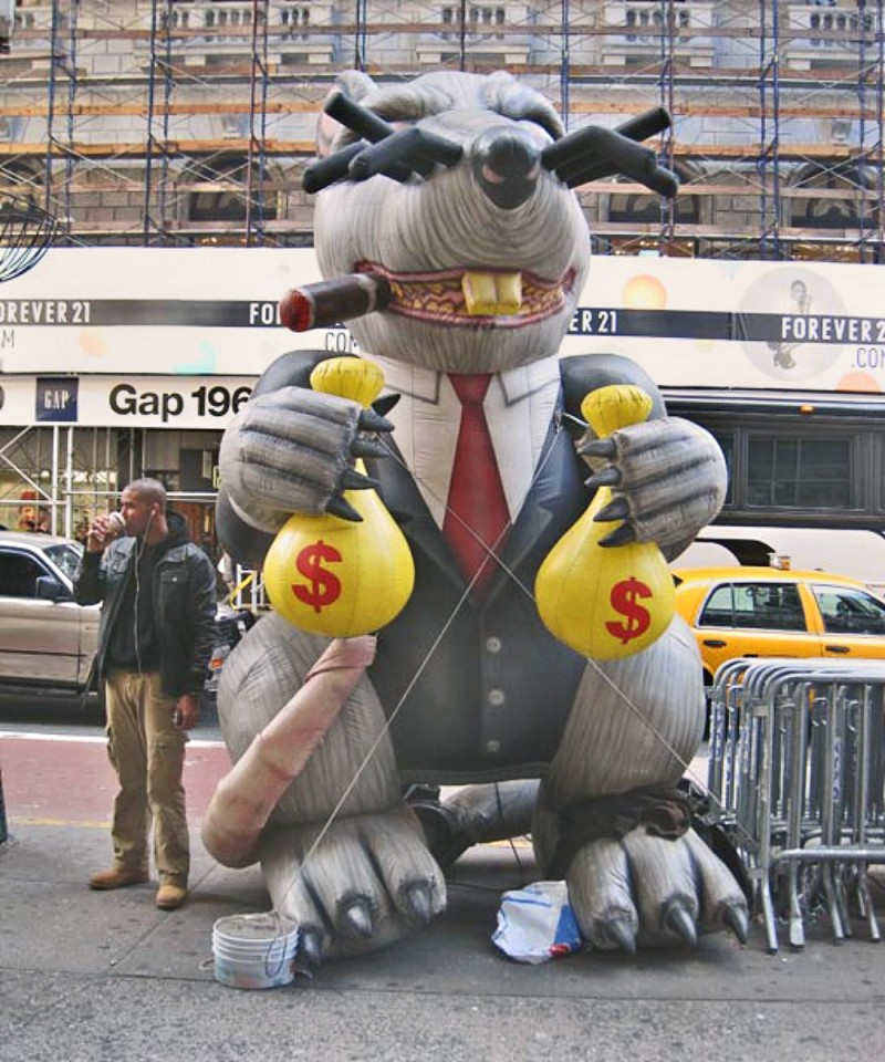 00 inflatable rat moneybags