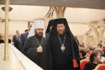 00 Patriarch Kirill at Awards w Patriarch Theodoros. Alfeyev. 01.12