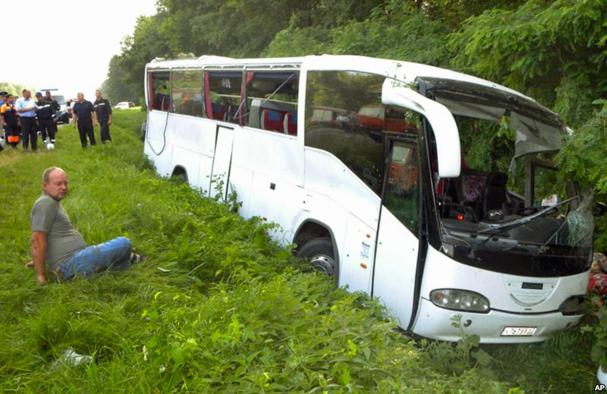 00 Pochaev Lavra bus crash. 07.12