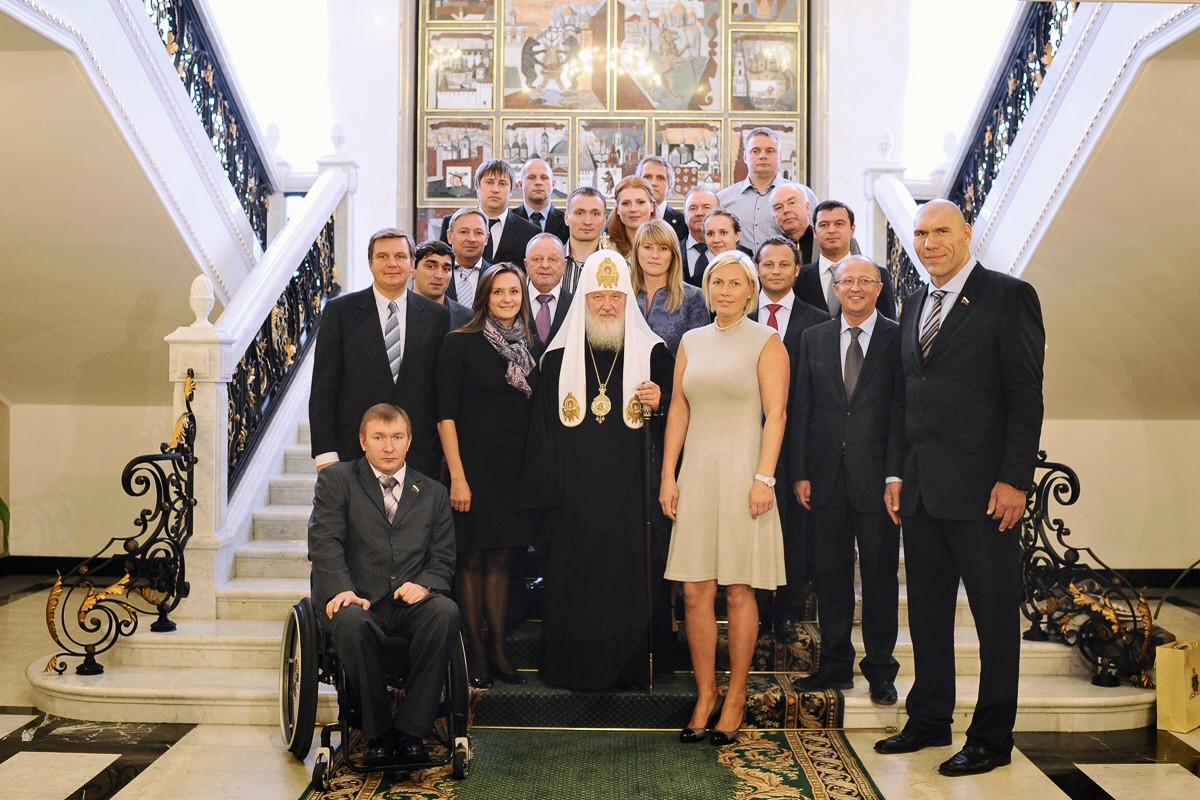 00 Patriarch Kirill with Russian athletes. 11.10.12
