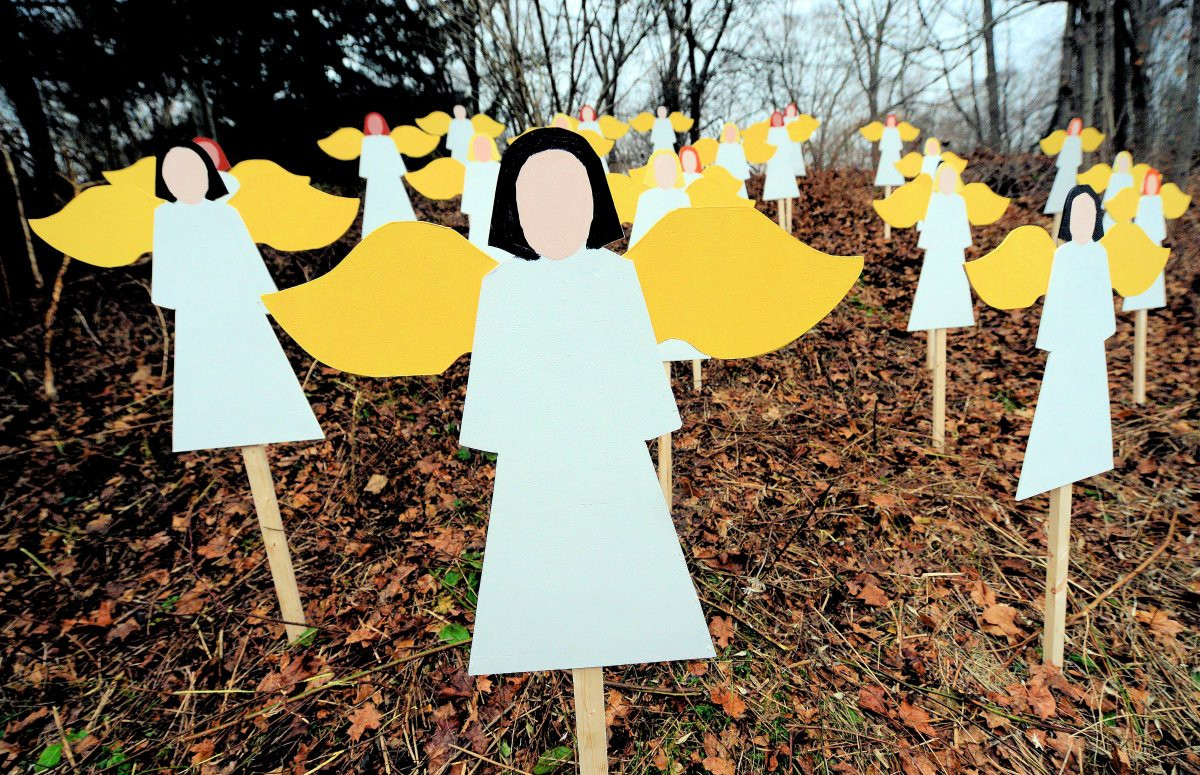 Remembering Sandy Hook:  26 Random Acts of Kindness