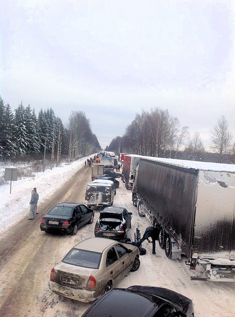 00c M10 traffic jam. moscow-st petersburg. 04.12.12