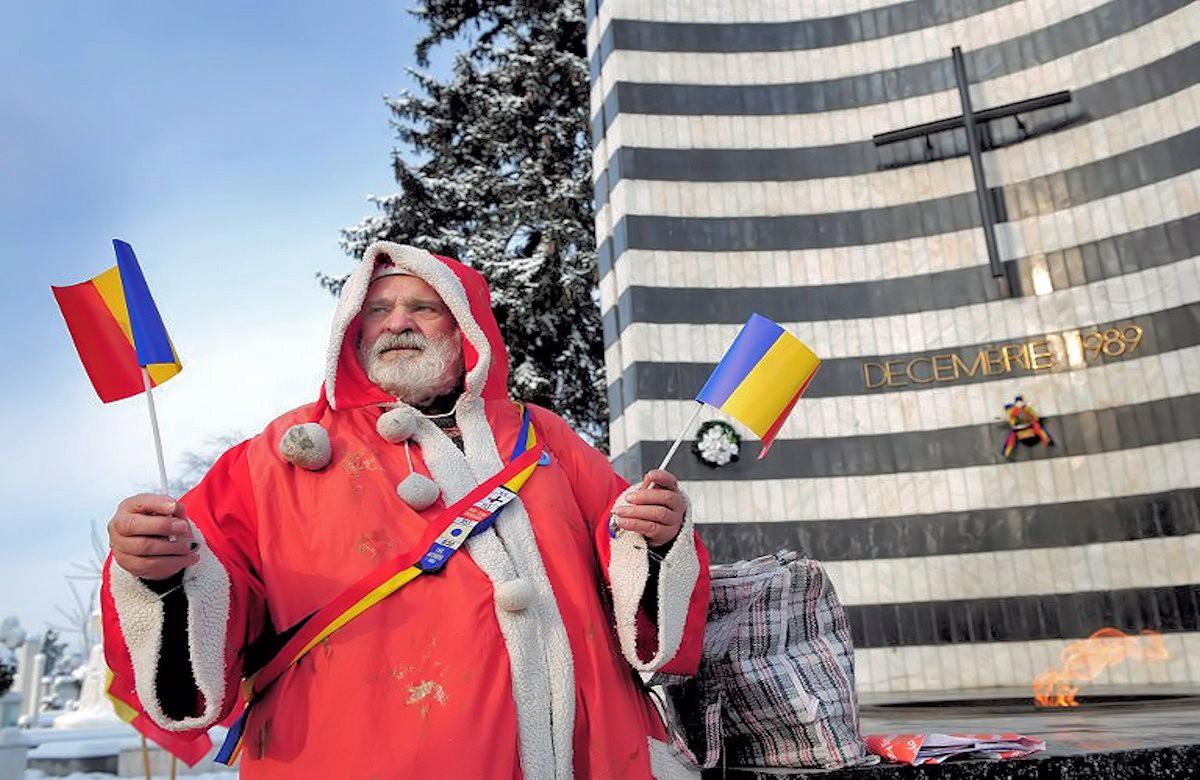 00i christmas. Mos Craciun. Romanian. santa claus. 25.12.12