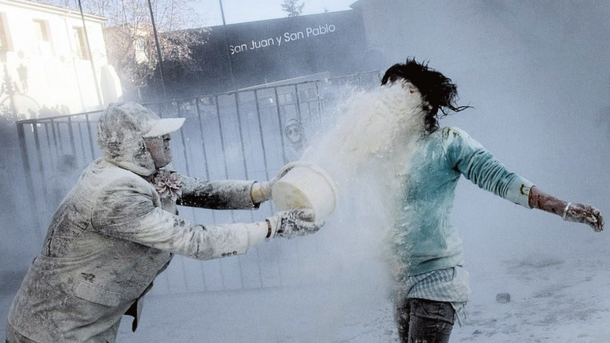 00d Flour War in Spain. Ibi in Valencia. 01.01.13