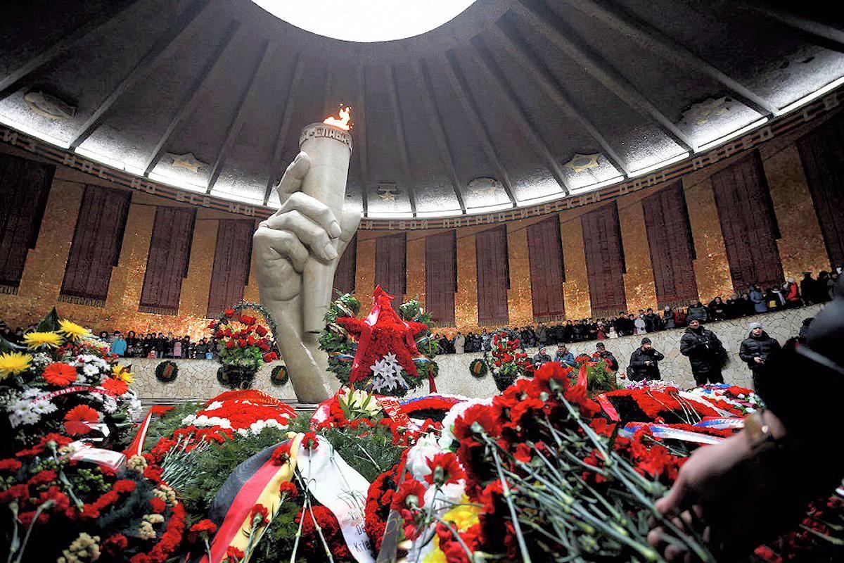 00b Stalingrad Anniversary. 2013. 03.02.13