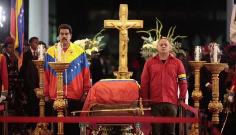 00 Chavez. Lying in state. Venezuela. 07.03.13