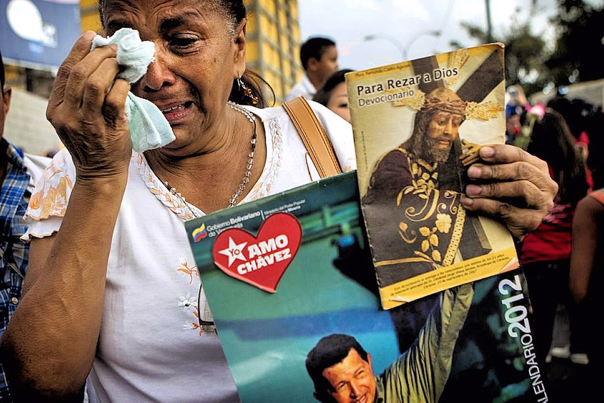 00 Hugo Chavez. cancer. death. 06.03.13