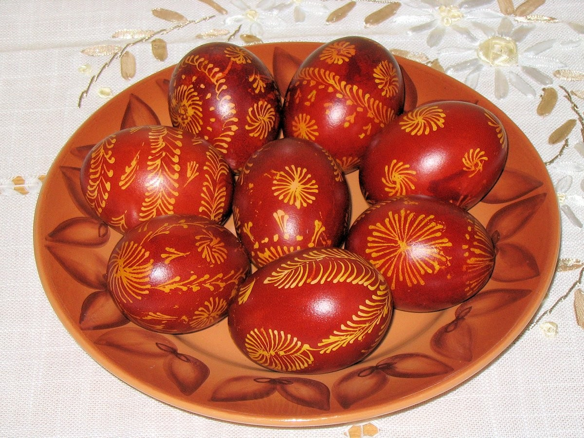 00 Red-dyed Easter Eggs from Belarus. 05.04.13