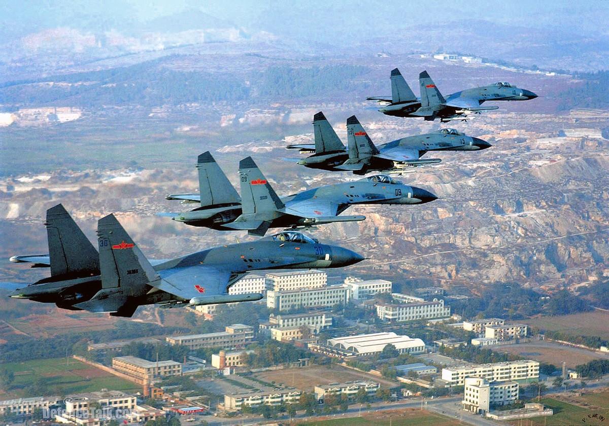 00 Sukhoi Su-27 fighters. 26.06.13