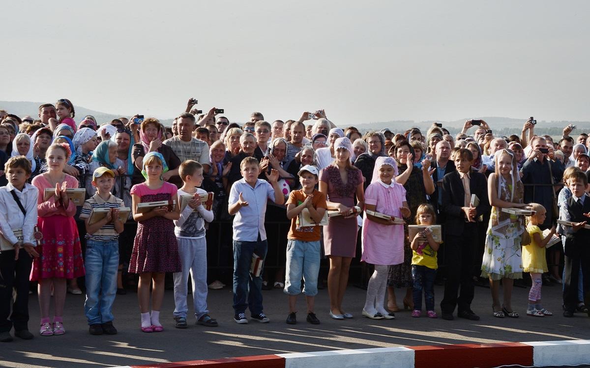 00 Novokuznetsk. Russia. Patr Kirill. 29.08.13