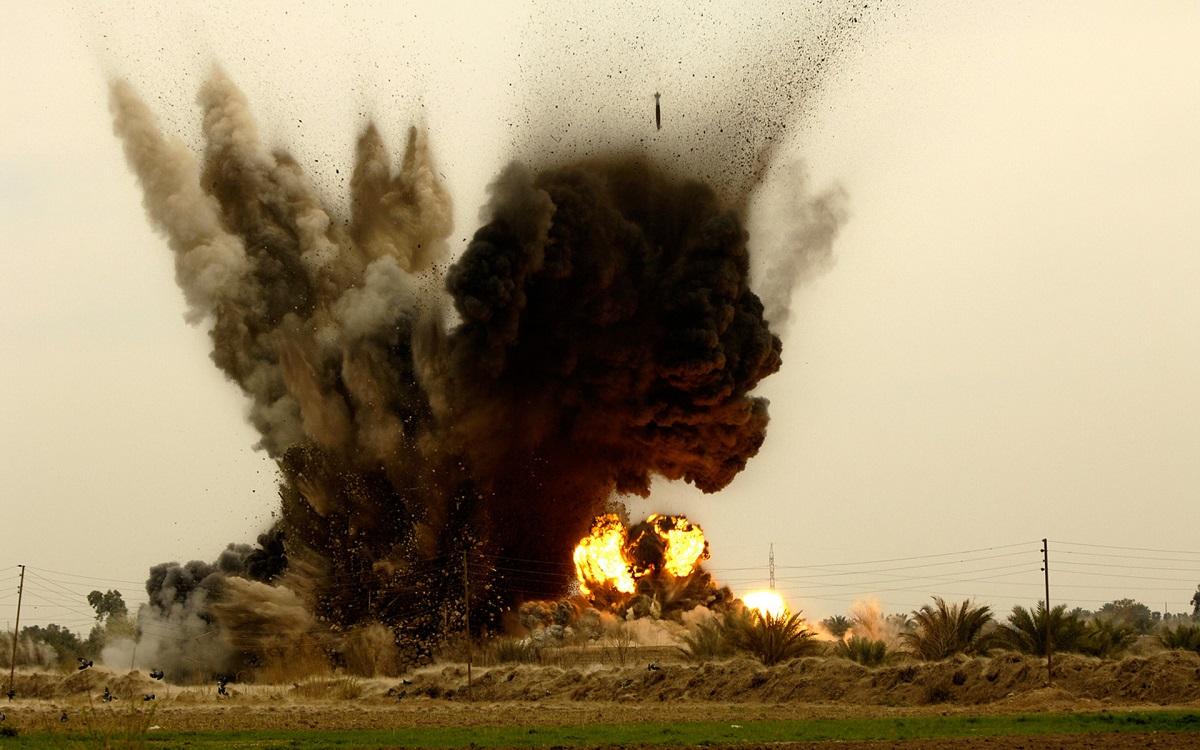 00 bomb explosion. 06.09.13