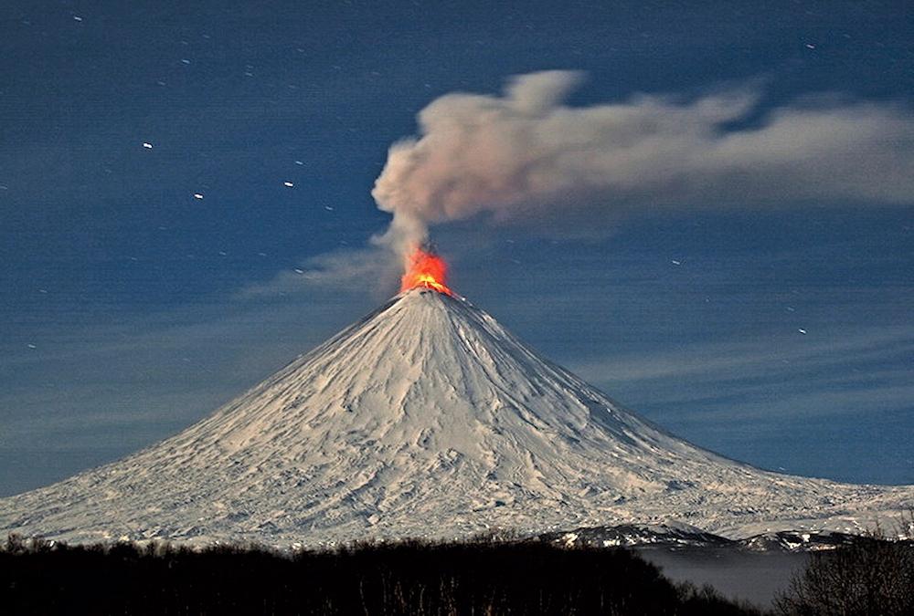 00 Klyuchevskaya Sopka volcano. Kamchatka RUSSIA. 18.10.13