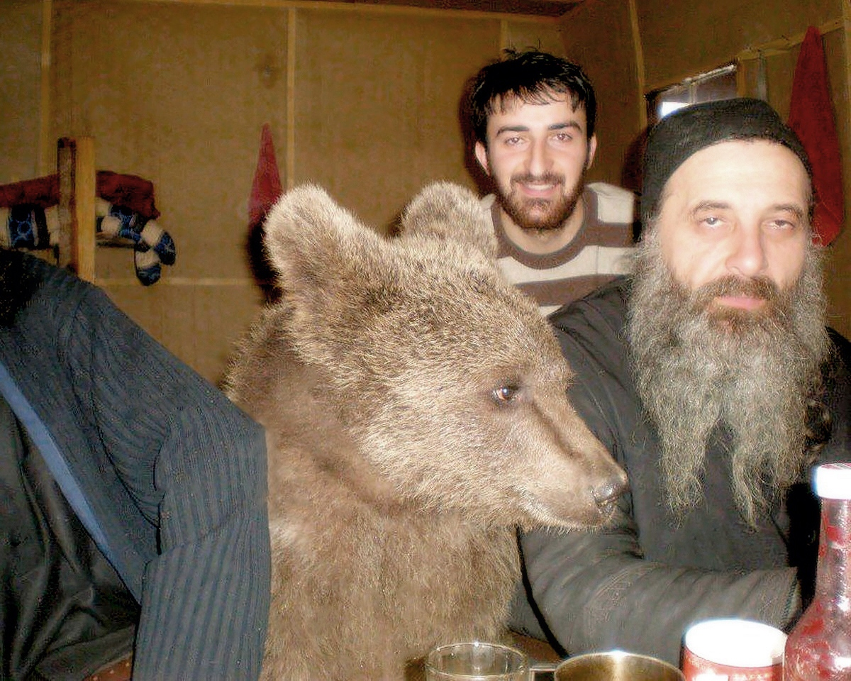 00 Bear and Monk. Russia. 30.11.13