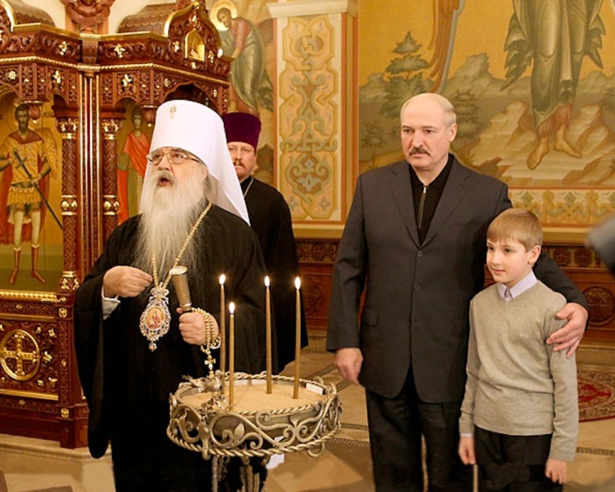 00 Lukashenko and Metropolitan Philaret. 01. 16.07.13