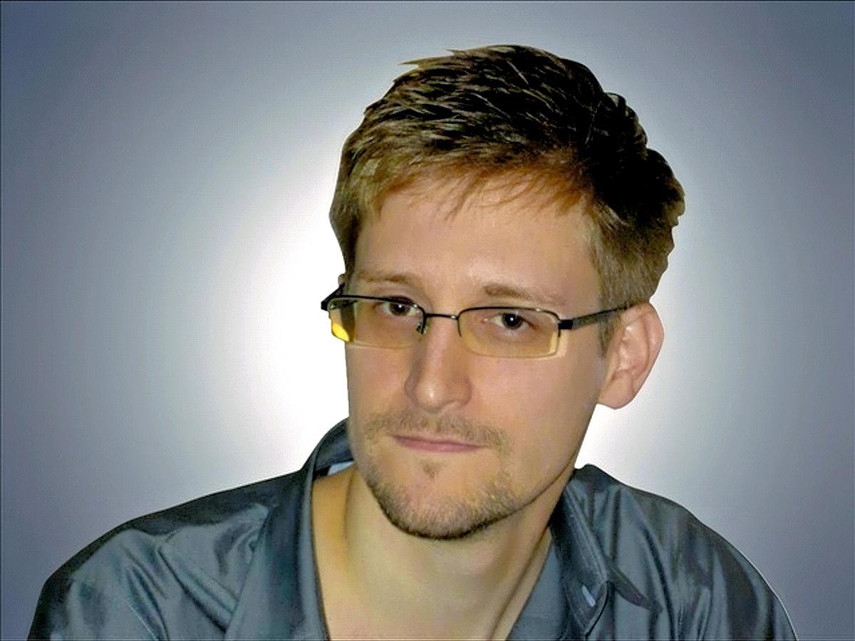 00 Edward Snowden. 26.10.13