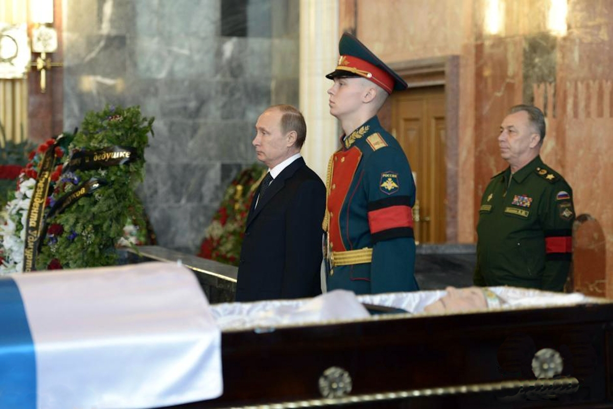 00 Kalashnikov. funeral 01. 27.12.13