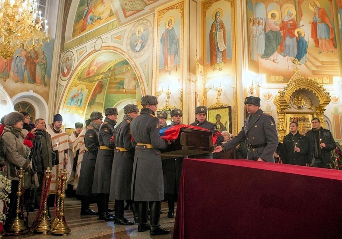 00 Kalashnikov funeral 02. Izhevsk. 29.12.13