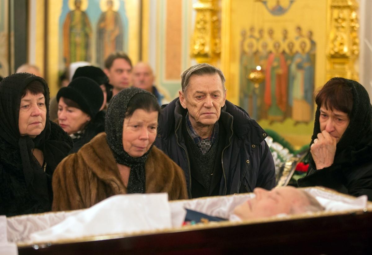 00 Kalashnikov funeral 04. Izhevsk. 29.12.13