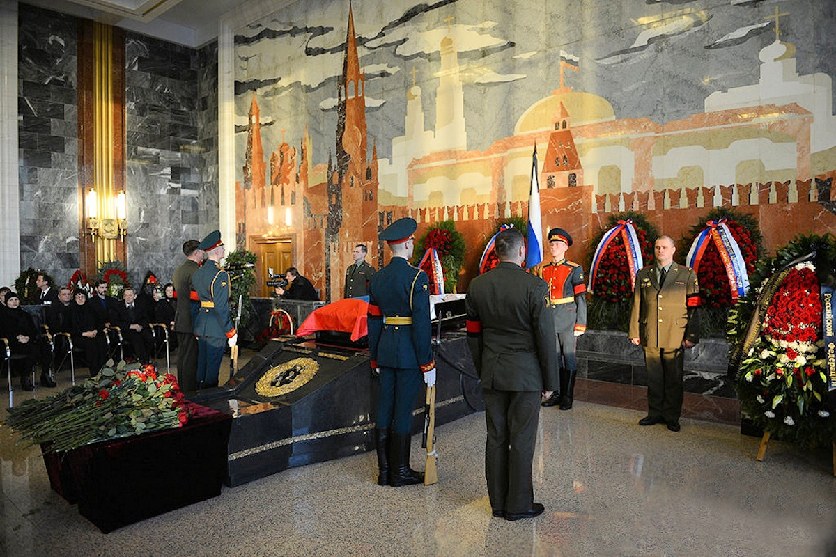00 Kalashnikov funeral 11. Moscow. 29.12.13