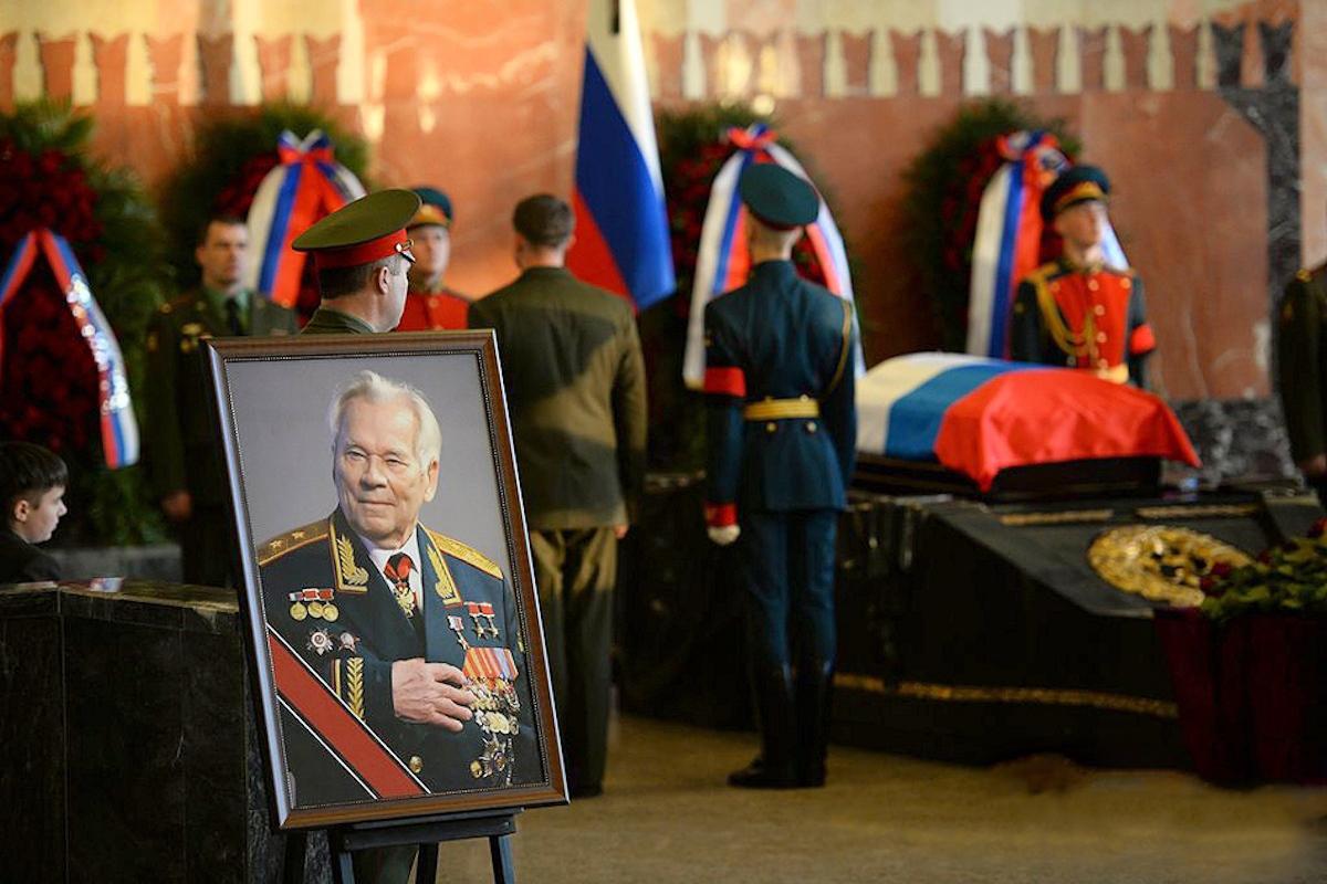 00 Kalashnikov funeral 12. Moscow. 29.12.13